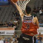 La plantilla de jugadores en Coviran Granada decide los dorsales 'oro'