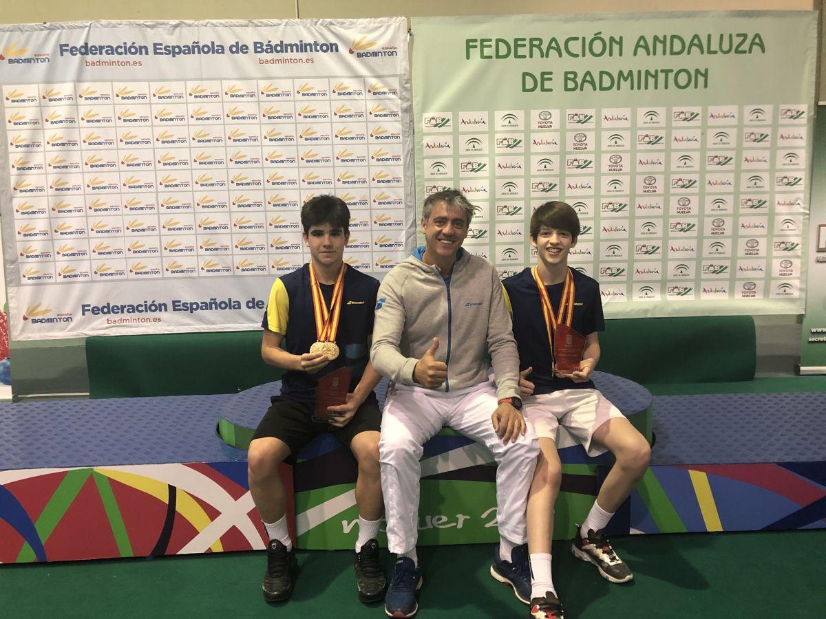 Los granadinos tienen excelentes resultados en el Campeonato de España Sub 15 en bádminton