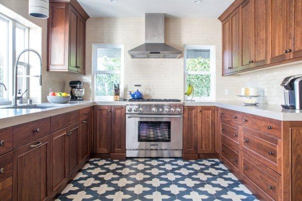 Granada Tile Badajoz Tile In A Kitchen On Apartment Therapy - Granada Tile Cement Tile Blog ...