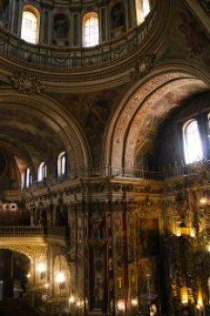 Vista del interior de la basílica de S Juan de Dios