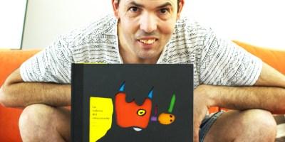 Raúl Aguirre es pintor y actor de teatro