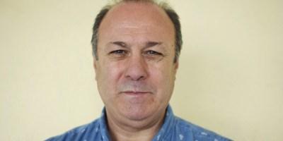 Enrique López García tiene una enfermedad rara que se llama narcolepsia