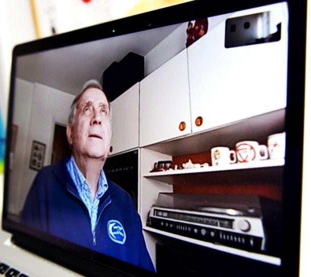 Vicente Fernández González tiene 79 años y ha pasado solo el confinamiento por coronavirus