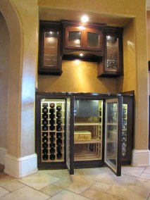 Built in Wine Cabinet with Upper Storage