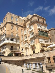 Hotel Info Grand Harbour