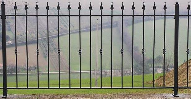 cancelli e recinzioni in ferro battuto  Lightline di