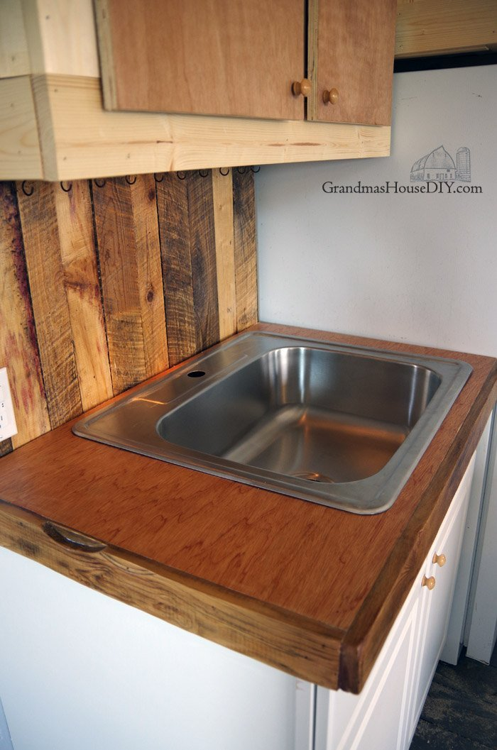Wood Working Diy Mahogany Kitchen Counter Tops Out Of Plywood