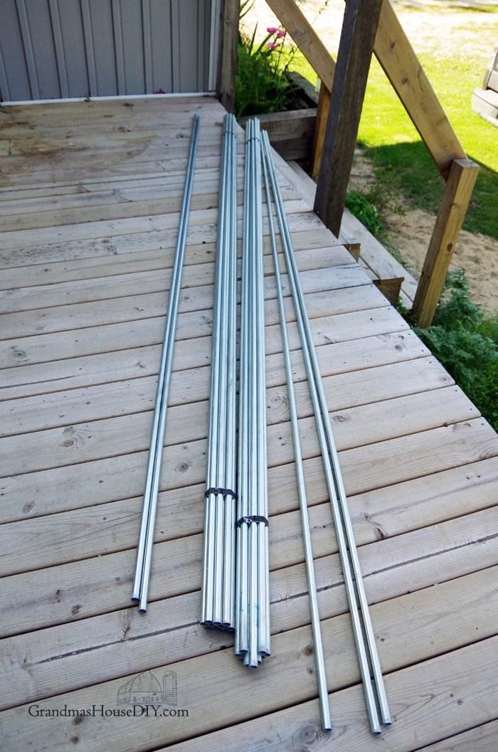 Diy Inexpensive Deck Rails Out Of Steel Conduit Easy To Do | Diy Metal Stair Railing | Outdoor | Exterior | Beginner | Indoor | Metal Baluster Drywall