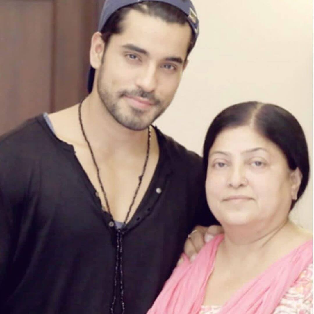 Gautam Gulati mother