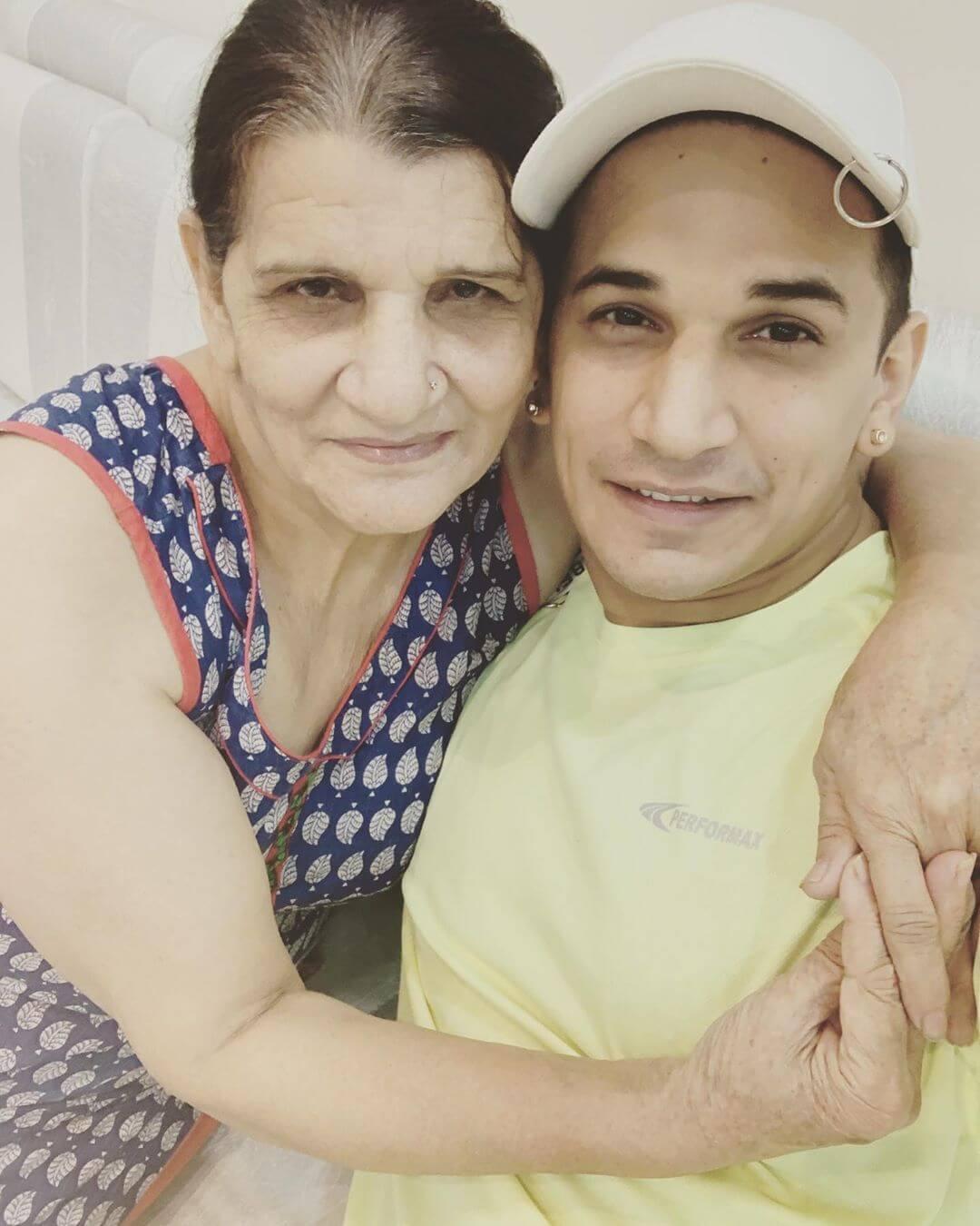 Prince Narula mother