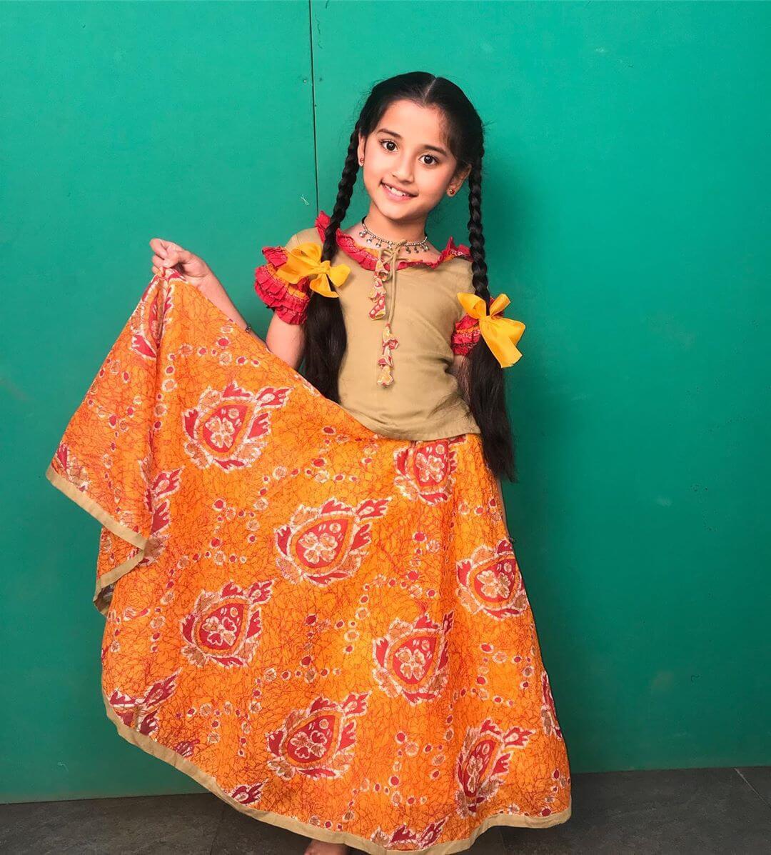 Aura Bhatnagar Badoni- wiki