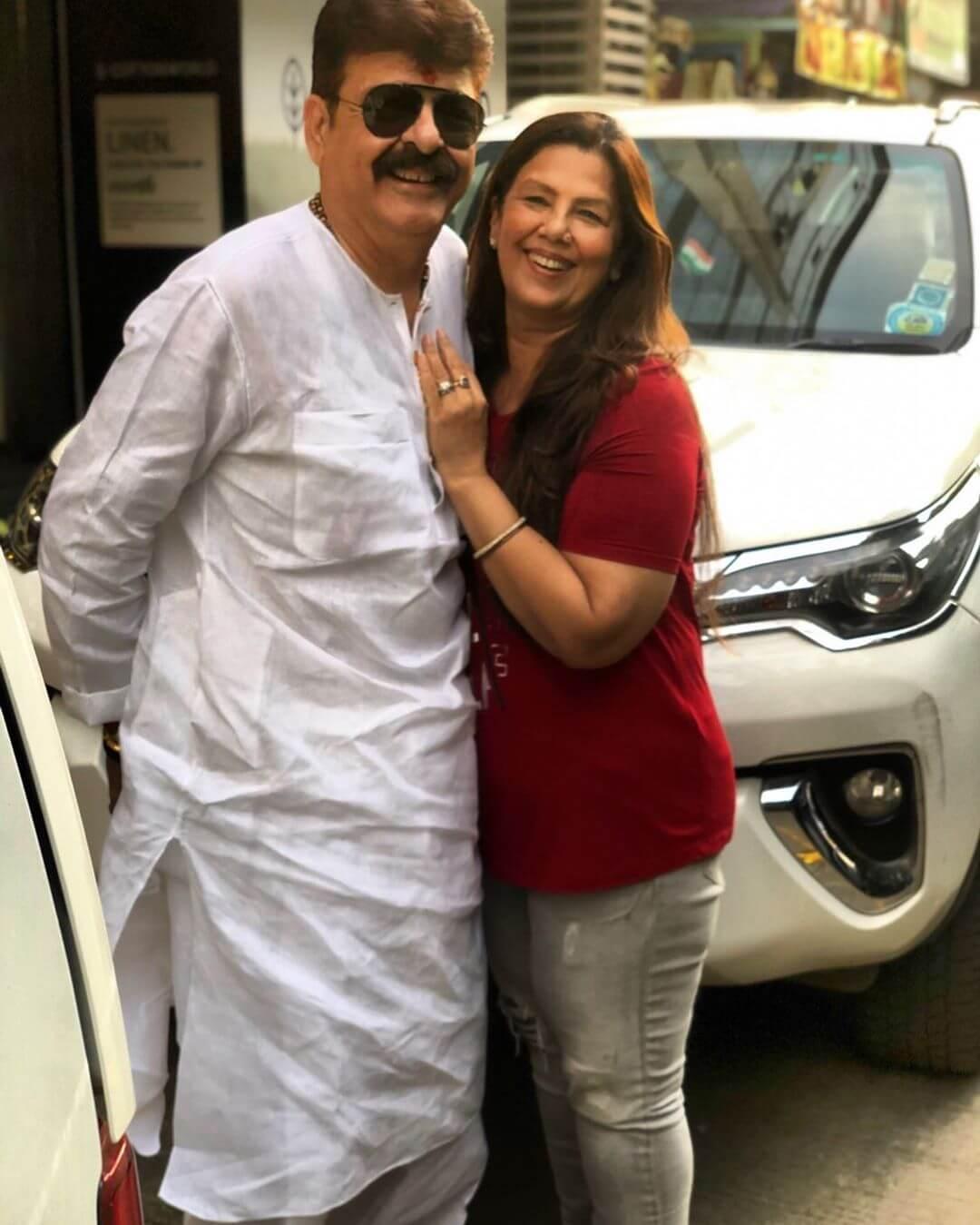 Kushal Tandon father