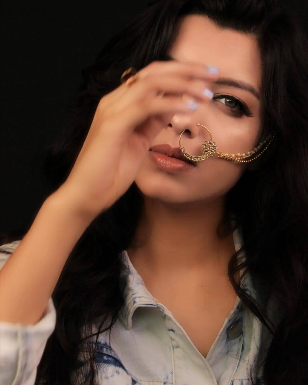 Riya Deepsi movies