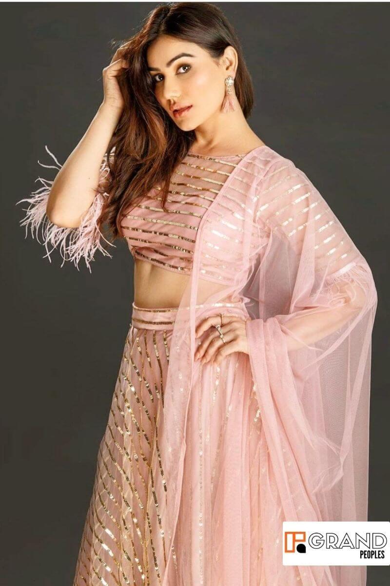 Kangna Sharma hot pics