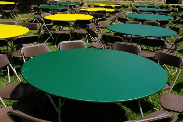 60 Round Plastic Table Covers