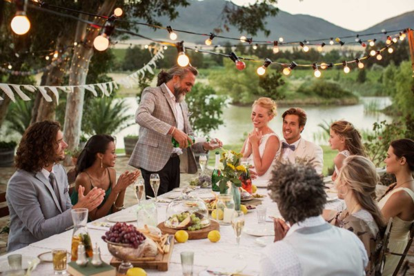 What Type of Wedding Reception Should You Have? (Quiz)