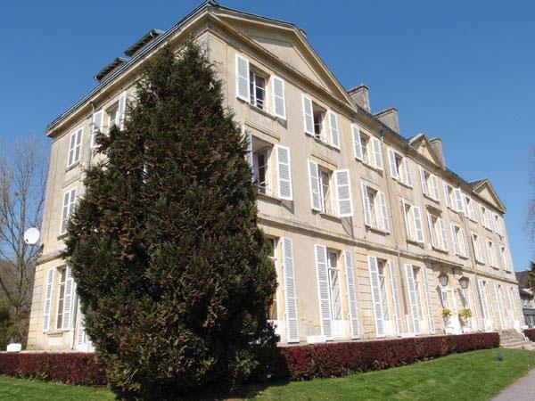 Le Chteau du Molay  Gite de groupe Calvados 196 couchages