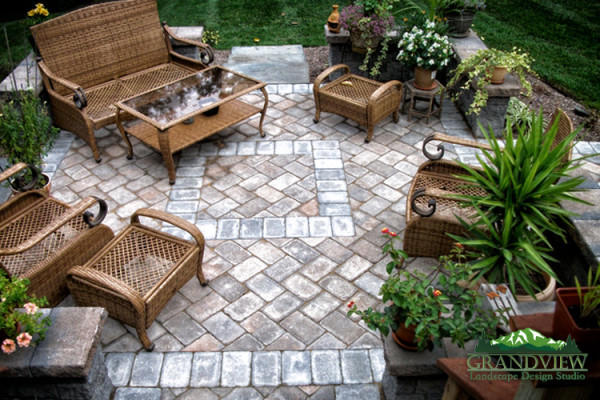 Deck vs Patio Pros and Cons