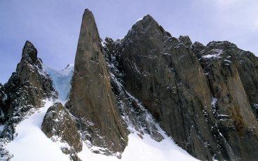 bg_Mt_Frigga_Baffin1