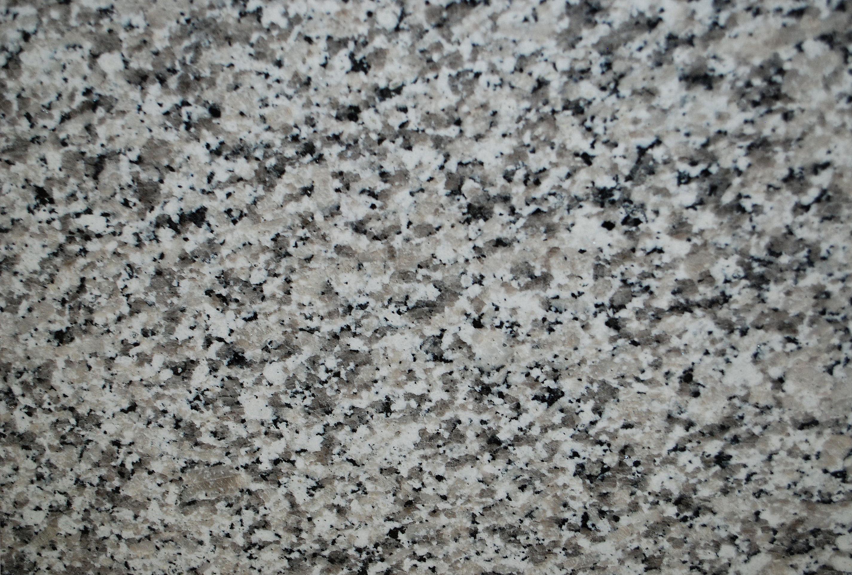 Luna Pearl  Granite  Kitchen Studio