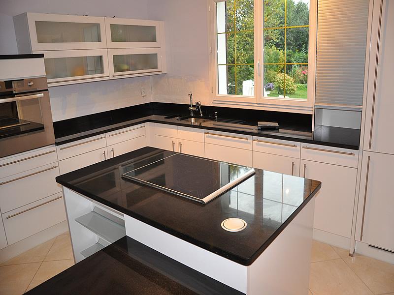 plinthe meuble cuisine
