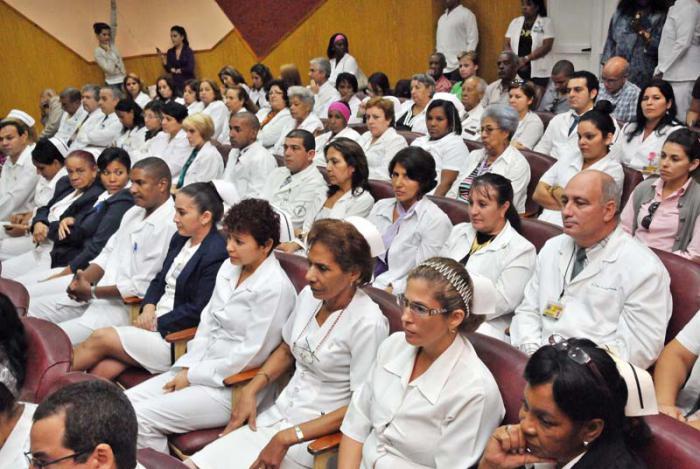 Acto Nacional por el Dia de la Medicina Latinoamericana. En el Instituto de Oncología y Radiobiología.