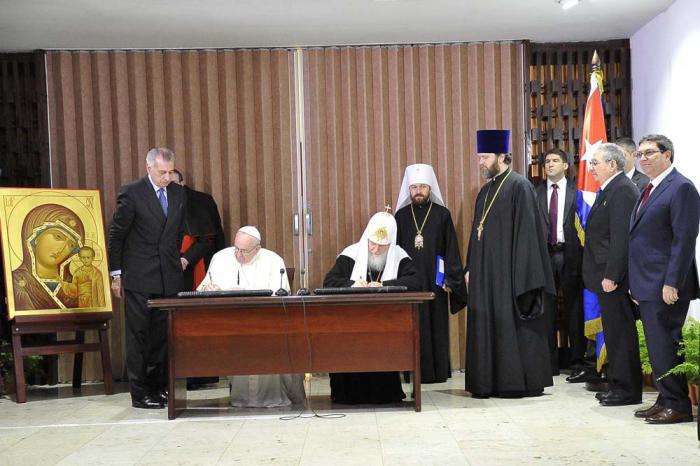 El Patriarca Kirill y el Papa Francisco firmaron una declaración conjunta