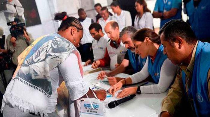 FARC-EP entrega las armas