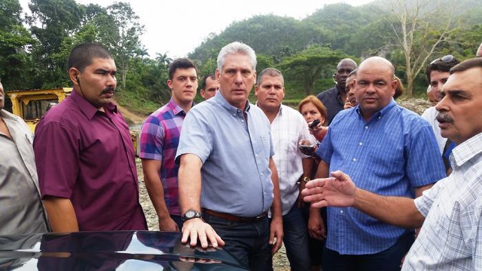 En Jibacoa, Miguel Díaz-Canel constató la calidad de las obras ejecutadas.