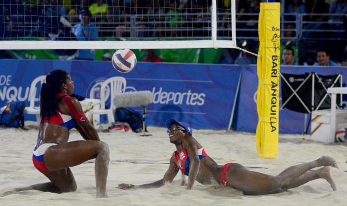 Barranquilla 2018 Voli d Playa F Oro Cuba vs Col Maylen Delis y Leyla Martinez