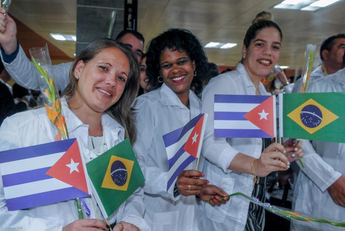 Resultado de imagen para medicos cubanos