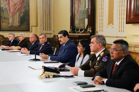 """Venezuela tiene las pruebas de cómo se pretende crear un falso positivo para generar un conflicto armado entre Colombia y Venezuela"""", aseveró el presidente. Foto: @PresidencialVen"""
