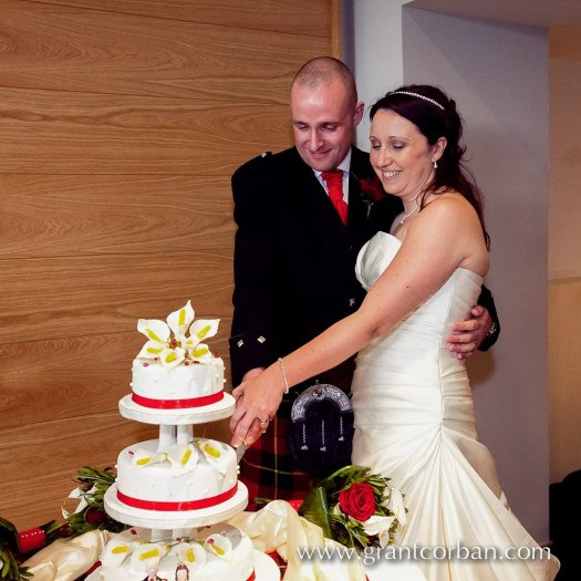 Wedding, cake,Clandeboye, Lodge, Bangor, Ireland, kilts, portrait