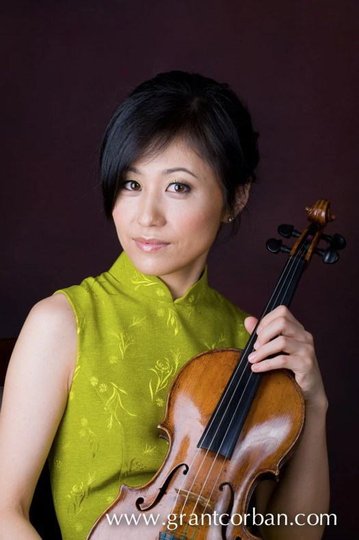 testore violin yuko kawami musician photography philharmonic