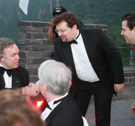 Robert Parker Dinner on the Great Wall of China - Handshake