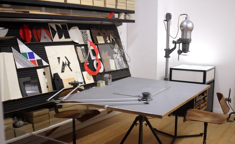 Atelier du graphiste suisse Rolf Rappaz à Bâle