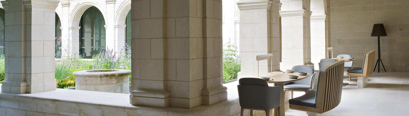 identit de marque fontevraud graph ine. Black Bedroom Furniture Sets. Home Design Ideas