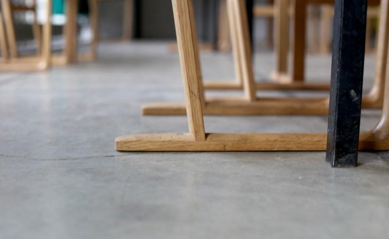 chaise-couvent-tourette-detail