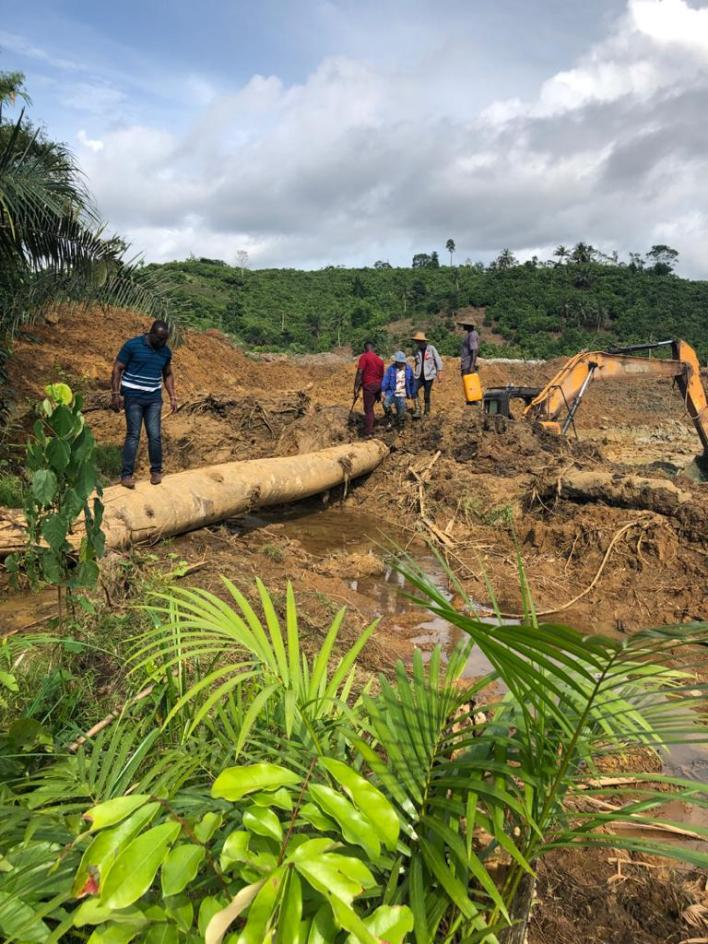 2 Chinese nationals arrested for illegal mining in forest 8