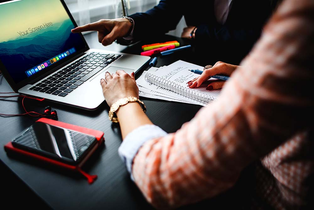 macbook-pro-office2