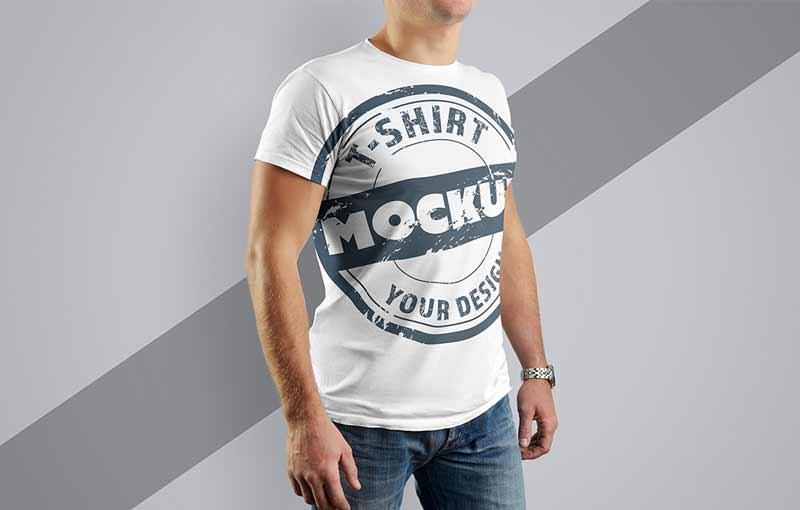 Realistic Mockup T-Shirt