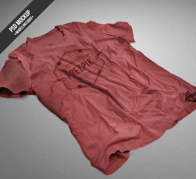 red-tshirt-mockup