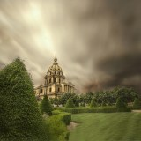 Invalides before the rain