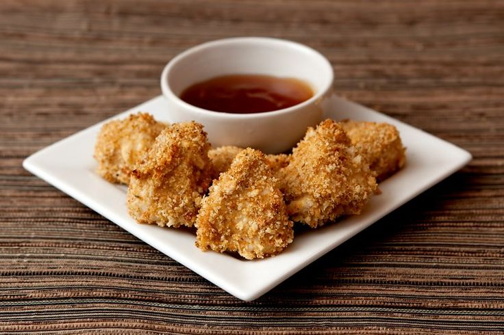 Homemade chicken nuggets recipe with flour