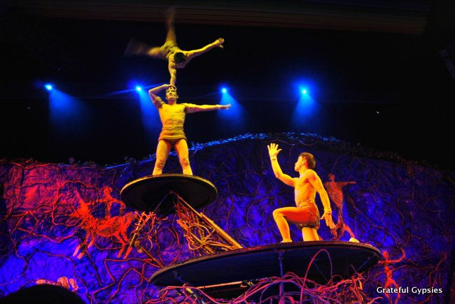 The amazing acrobats at the Chaoyang Theater.
