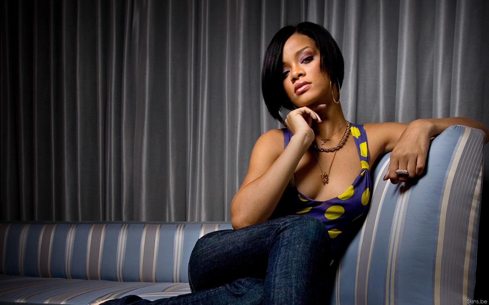 Destiny Wallpaper Hd Fondos De Pantalla De Rihanna Wallpapers