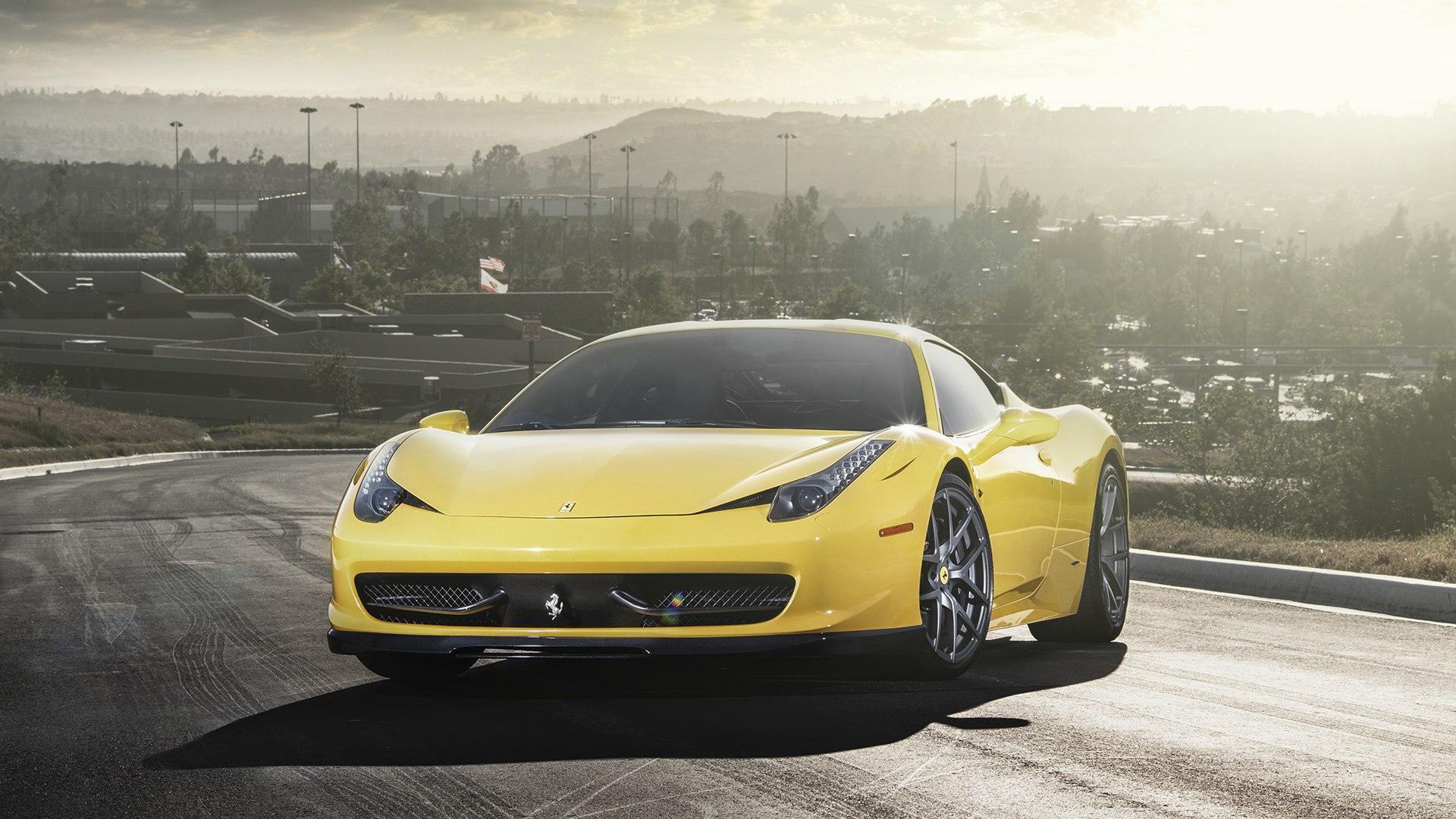 Hd Wallpaper 2 Luxury Cars 56 Fondos De Pantalla De Ferrari Wallpaperrs Hd De Coches