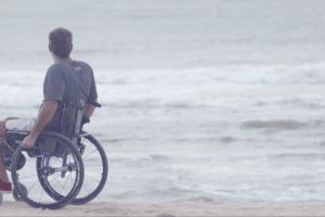 Martín, Passeri, Nicolás,Gallegos, surfean mucho más que una ola