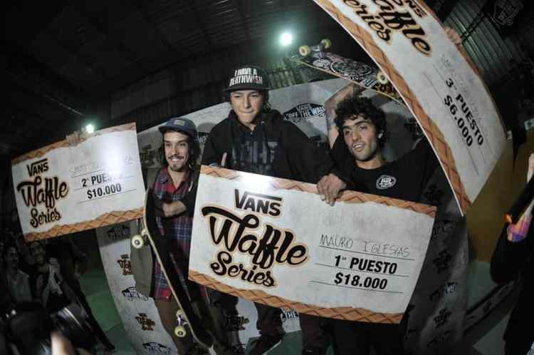 El podio, vol 2. — con Santiago Goicoechea, Mauro Iglesias, Daro Mattarollo y Dario Mattarollo.