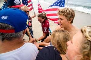 El team U.S.A gana el oro en el ISA World Junior Surfing Championship